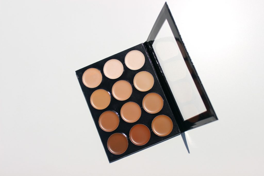 mehron celebre pro hd cream foundation contour highlight palette review swatches images 05