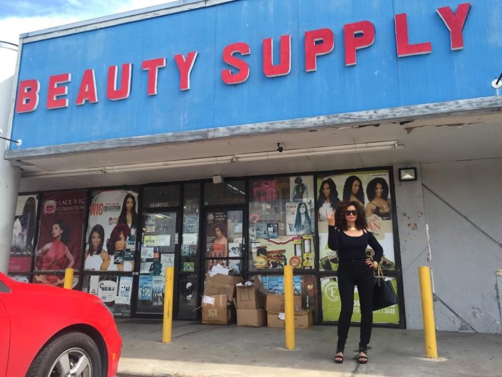 tina-knowles-at-solid-gold-beauty-supply-store-in-houston-tx