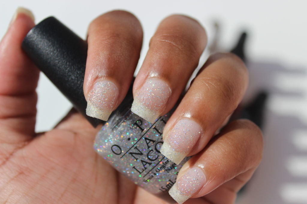 opi-champagne-for-breakfast-swatches-pictures-1